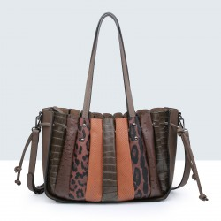 SHOPPER S ANIMAL PRINT